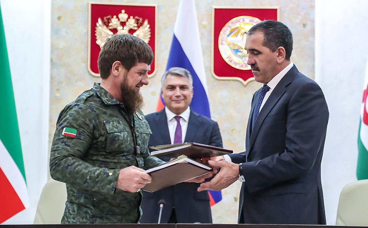 Рамзан Кадыров иЮнус-Бек Евкуров (слева направо)
