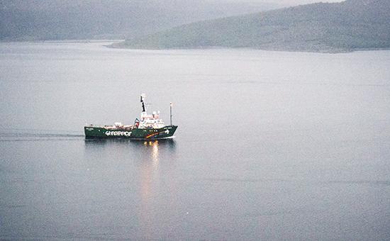 Испанские моряки сорвали акцию Greenpeace на Канарских островах
