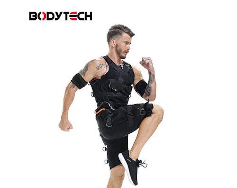 Тренировочный костюм с электростимуляторами от BodyTech