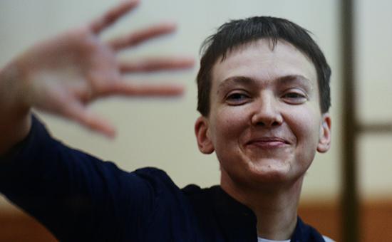 Украинская летчицаНадежда Савченко во время оглашения приговора в Донецком суде, 21 марта 2016 года.