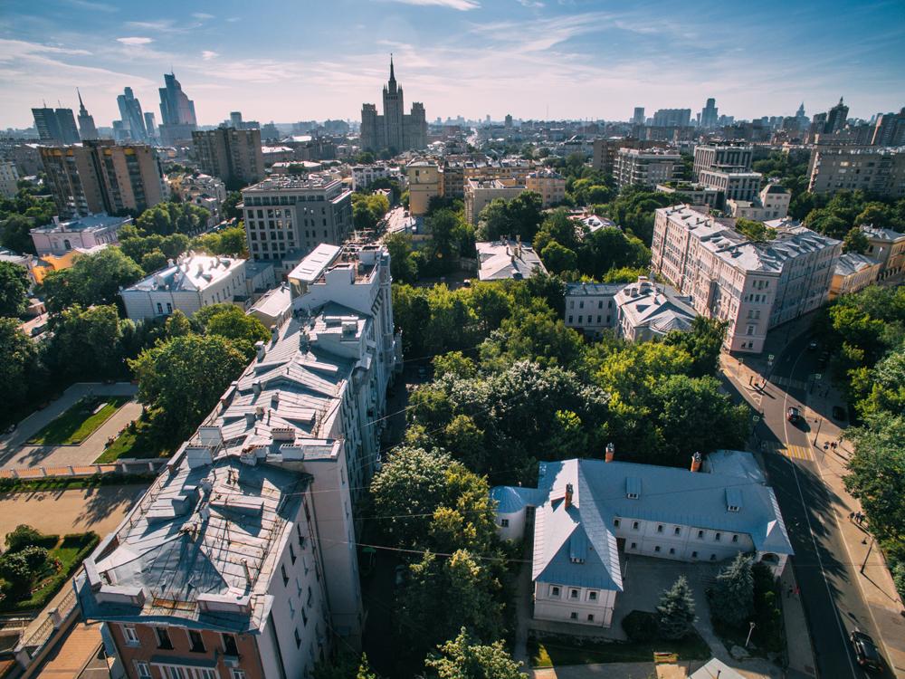 Вид на улицы Спиридоновка и Малую Никитскую