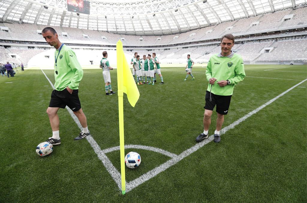 В соответствии стребованиями ФИФА обновленный стадион вмещает 81тыс. зрителей—на3тыс. человек больше, чемранее