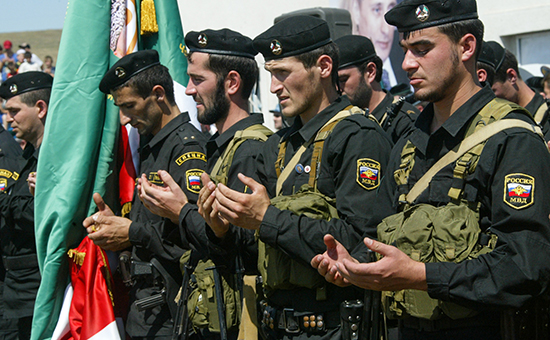 Чеченских полицейских обязали отчитываться о прочитанных молитвах