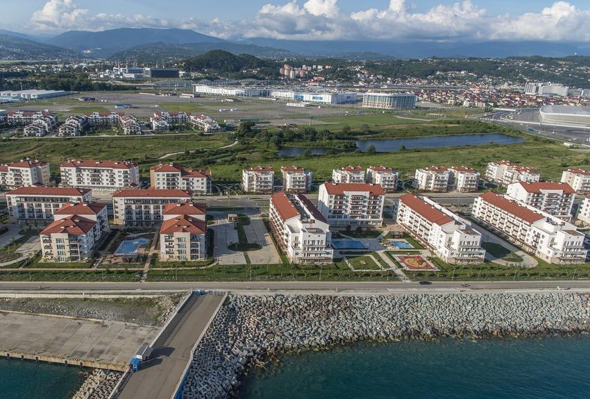 Существующий вид на ЖК «Имеретинский» и побережье Черного моря