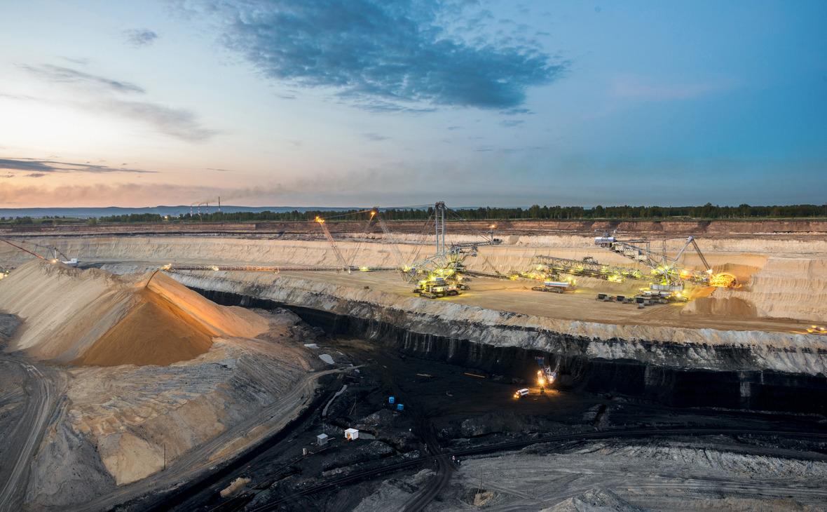 Угольная траншея. Разрез Назаровский, Красноярский край