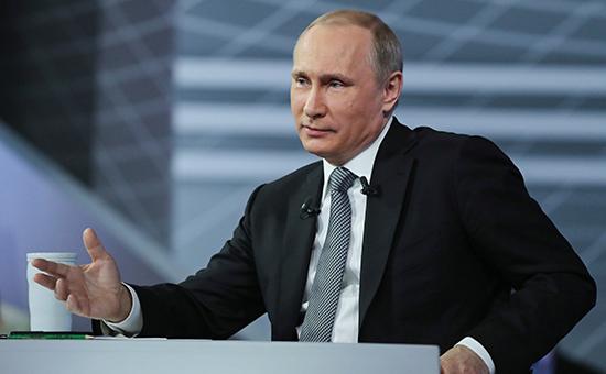 Путин предсказал сохранение западных санкций в ближайшее время