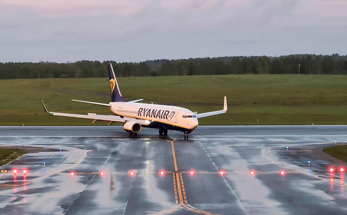 Самолет Ryanair, на борту которого находился белорусский оппозиционный блоггер и активист Роман Протасевич