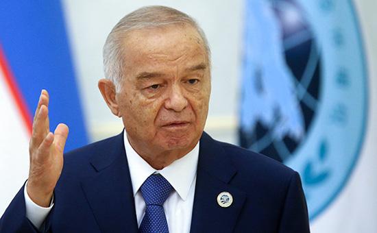 Президент Узбекистана Ислам Каримов вовремя заявления дляпрессы послезаседания Совета глав государств—членов Шанхайской организации сотрудничеств