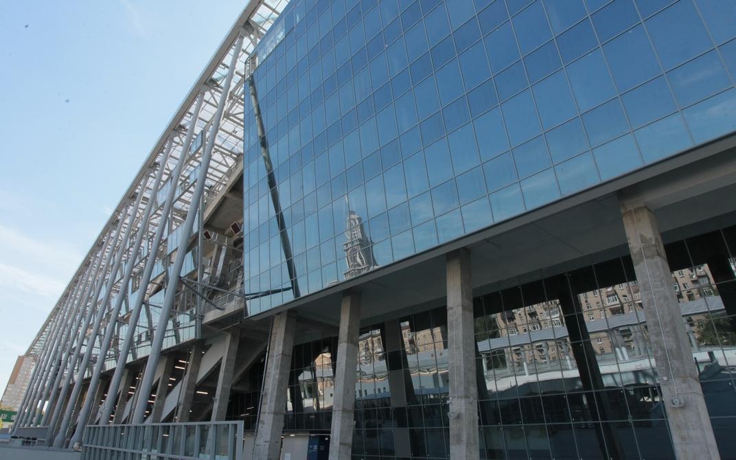 Снять офис в «ЦСКА Арене» можно через брокерскую компанию Knight Frank по цене от 17 тыс. руб. за 1 кв. м. Арендой также занимается компания JLL, которая относит бизнес-центр к категории В+