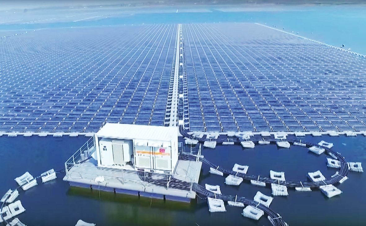 В Китае запустили крупнейшую в мире плавучую солнечную электростанцию