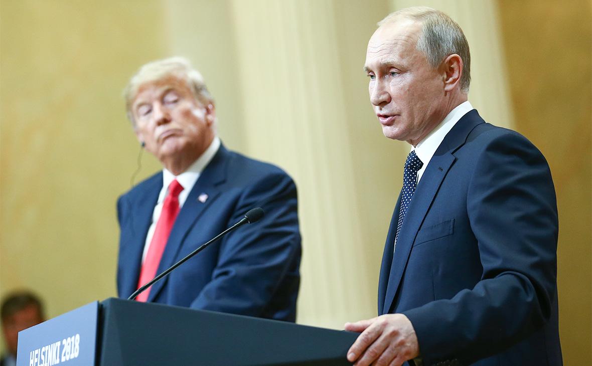 Дональд Трамп и Владимир Путин (слева направо). 16 июля2018 года