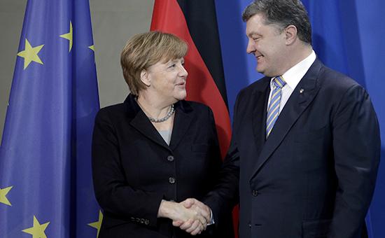 Канцлер Германии Ангела Меркель ипрезидент Украины Петр Порошенко навстрече вБерлине