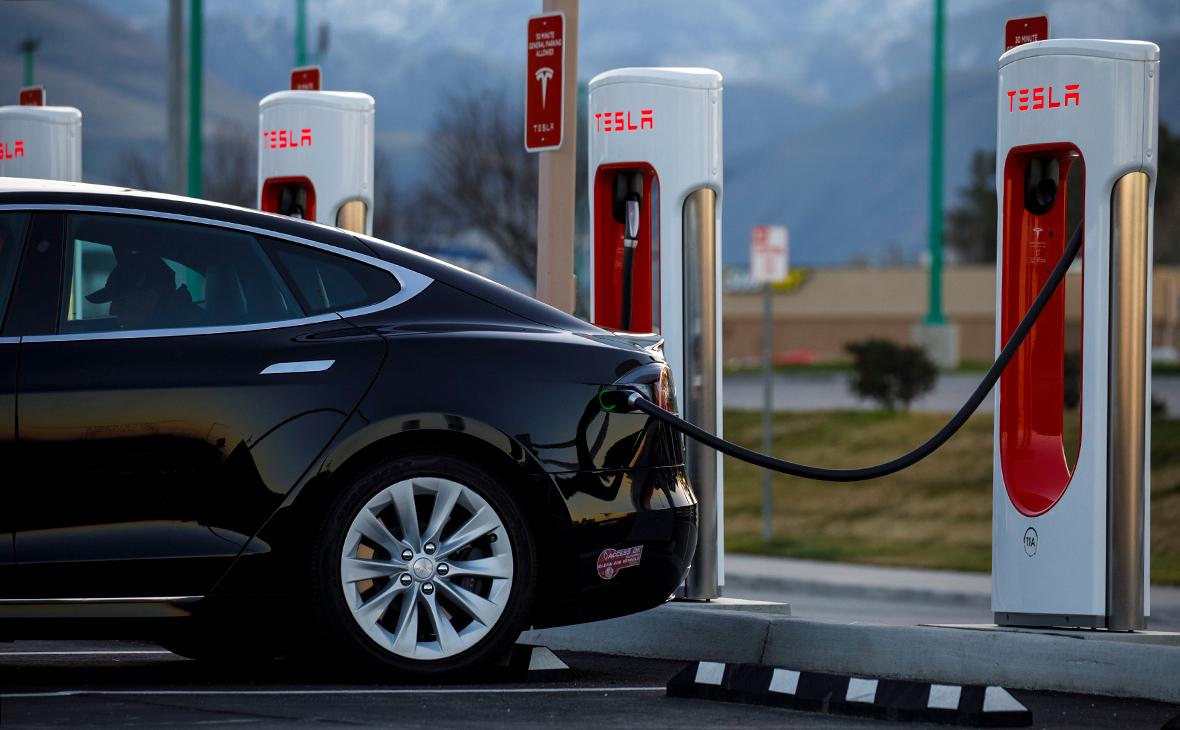 Tesla запустила станцию экспресс-зарядки электрокаров за 15 минут :: Технологии и медиа :: РБК