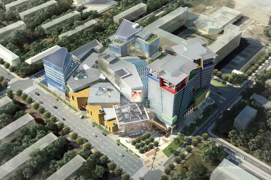 Лучший торговый объект вМоскве: «Кунцево Плаза»  Девелопер: Enka  Торговый центр «Кунцево Плаза» у станции метро «Молодежная» открылся вМоскве вначале 2015 года. Здание построила турецкая фирма Enka