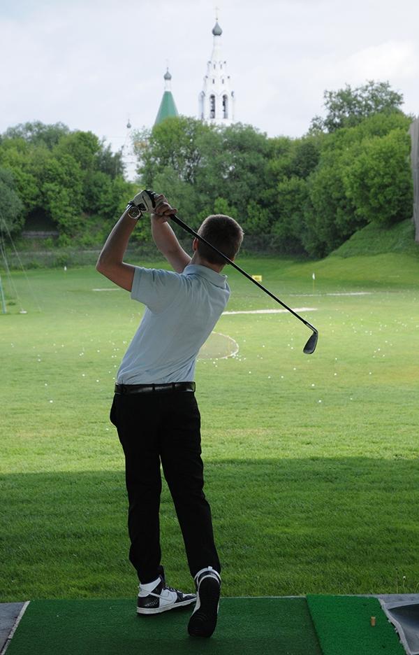 В России открывается по одному гольф-полю каждый год