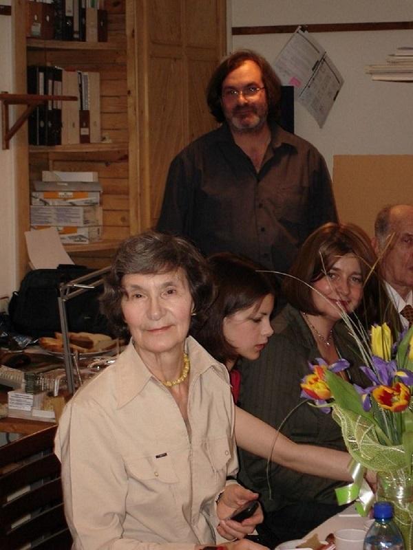 Бабушка, я, мама и дядя