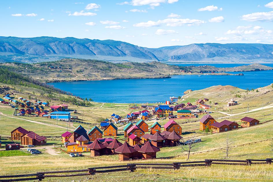 Куркутский залив в августе. Озеро Байкал