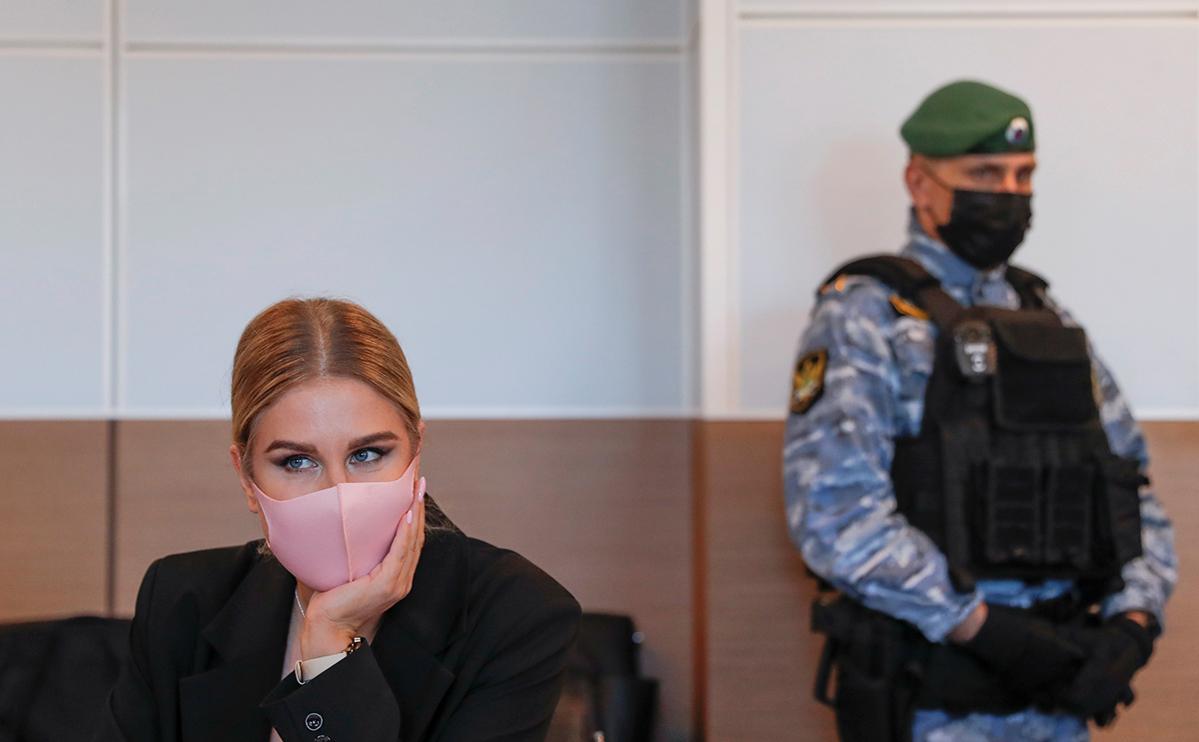 Генпрокуратура потребовала запретить Любови Соболь выезжать из Москвы