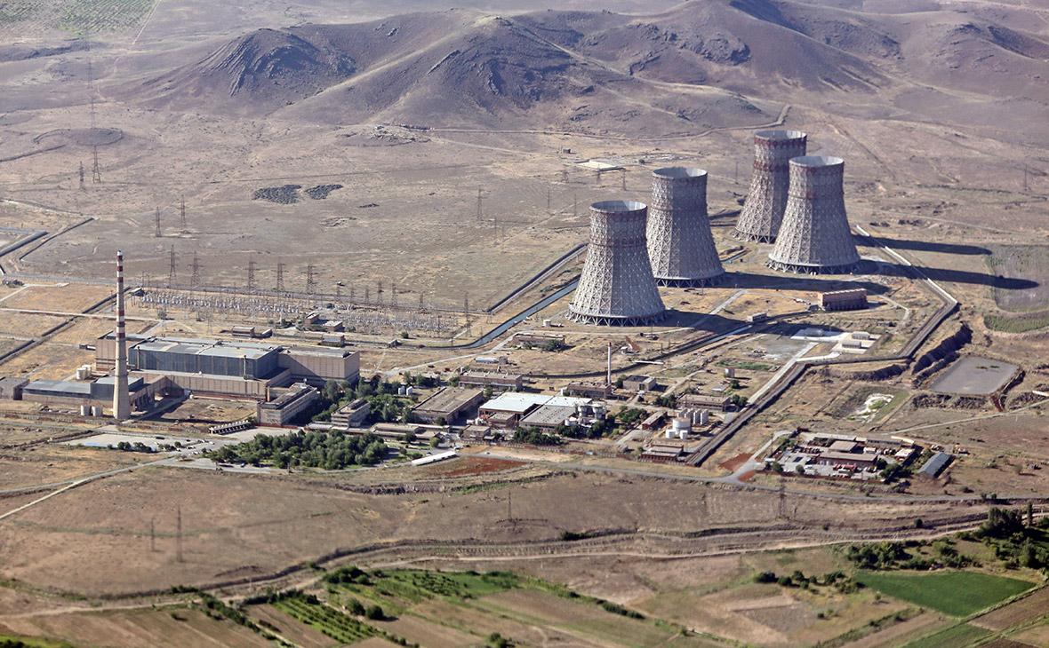 Вид наМецаморскую АЭС