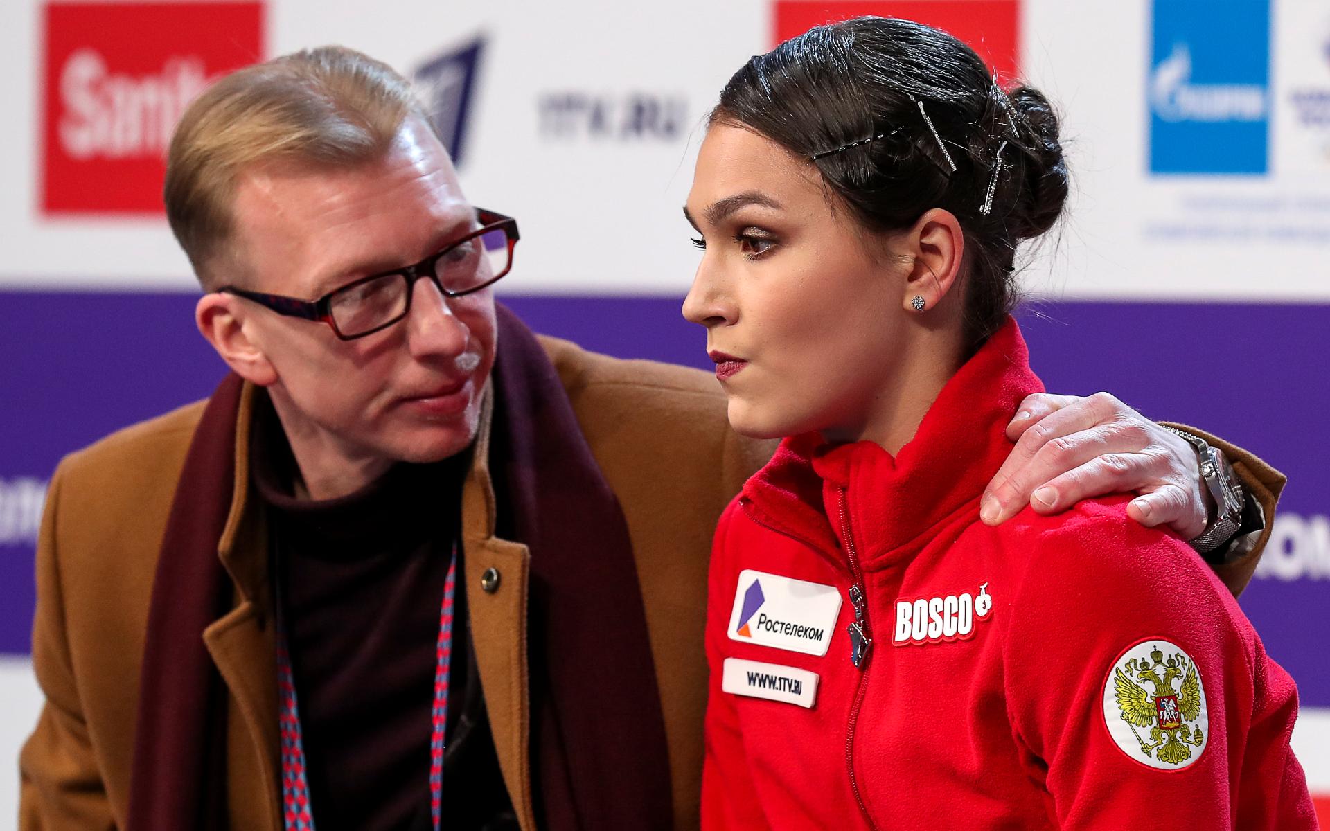 тренер Александр Волков и спортсменка Станислава Константинова