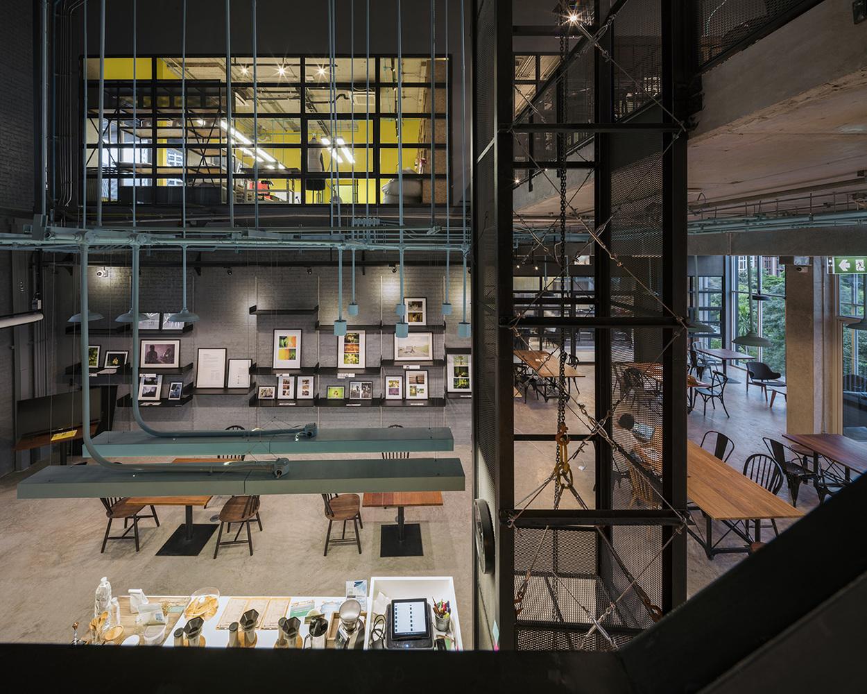 Номинация «Интерьер»  Объект: Hubba-to  Расположение: Бангкок, Таиланд  Ахитектурное бюро: Supermachine Studio