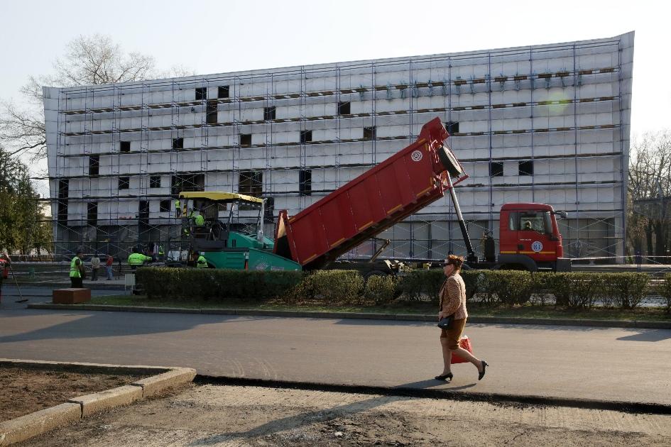 Демонтаж фасадов 1960-х годов павильона «Радиоэлектроника» на территории ВДНХ
