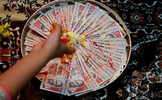 Купюры номиналом 1000 рупий