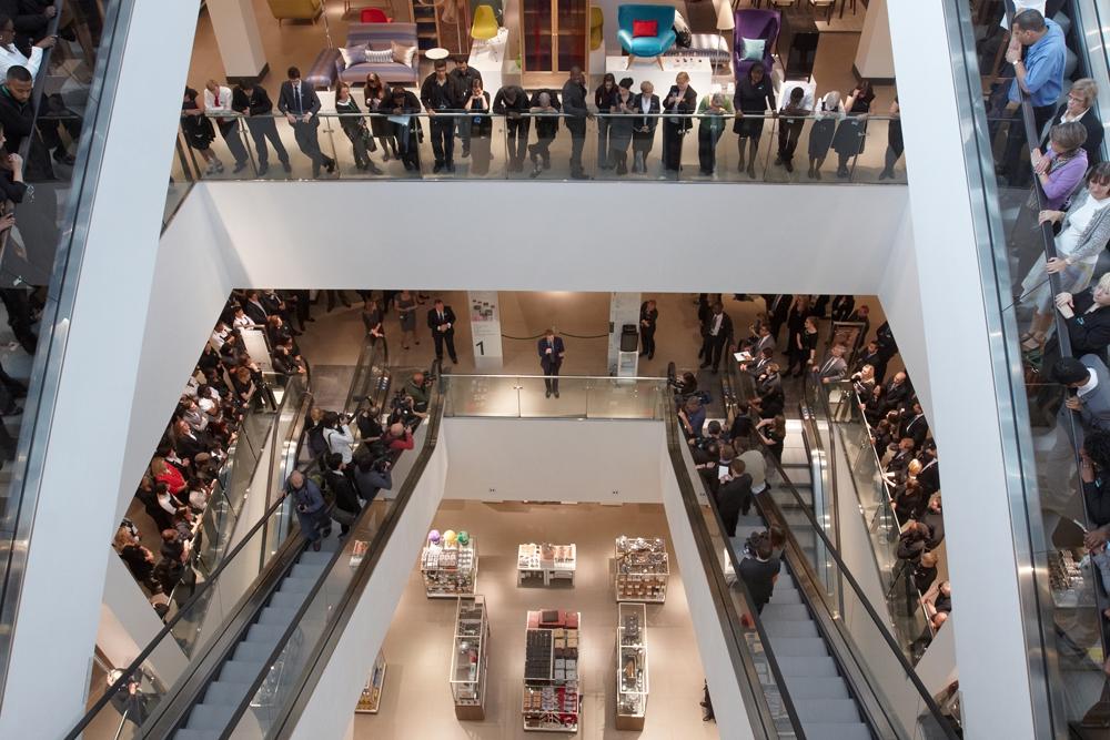 Торговый центр Westfield Stratford City, который занял четвертое место в рейтинге,  находится рядом с Олимпийским парком в Лондоне. Арендопригодная площадь этого ТРЦ составляет 176 тыс. кв. м