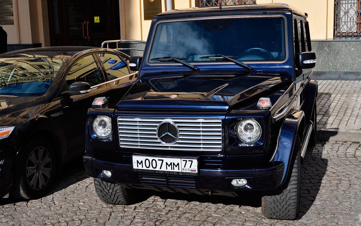<p>М007ММ77 за 3 миллиона рублей уже не купишь. Он будет стоить около 10 млн рублей, но и не продаст никто такой номер.</p>
