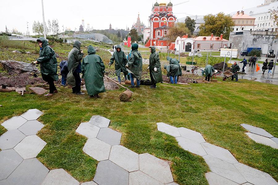 Восстановительные работы в парке «Зарядье»