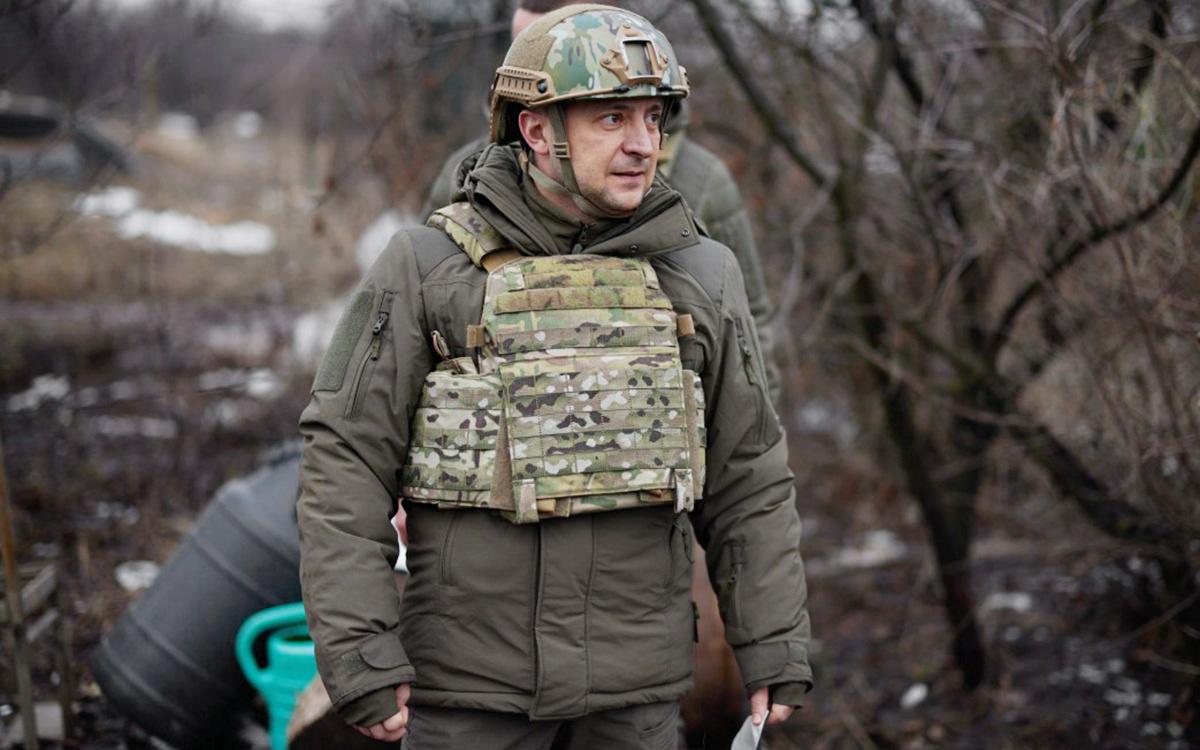 Зеленский приехал в Донбасс на фоне обострения на линии соприкосновения