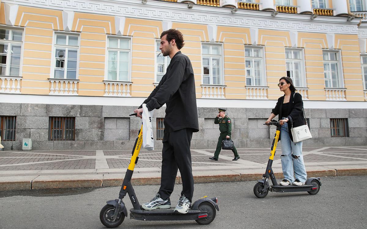Власти Петербурга решили ограничить скорость электросамокатов