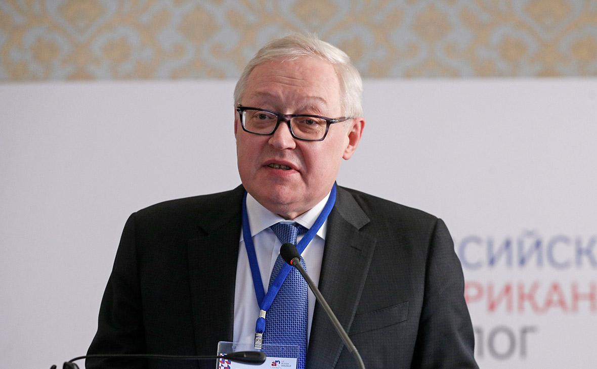 В МИДе допустили изменение российских законов для противодействия США