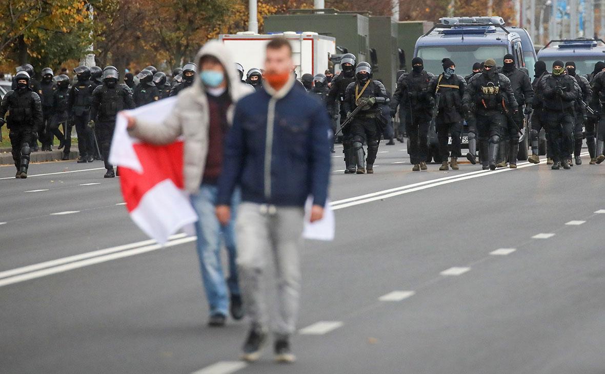 Участники несанкционированной акции 1 ноября в Минске