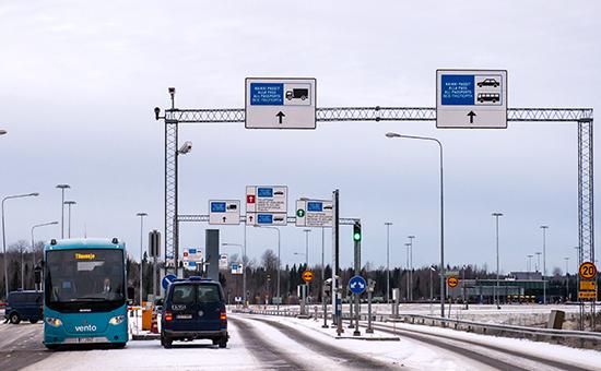 Финский пограничный пункт пропуска автомобилей награнице РФ иФинляндии