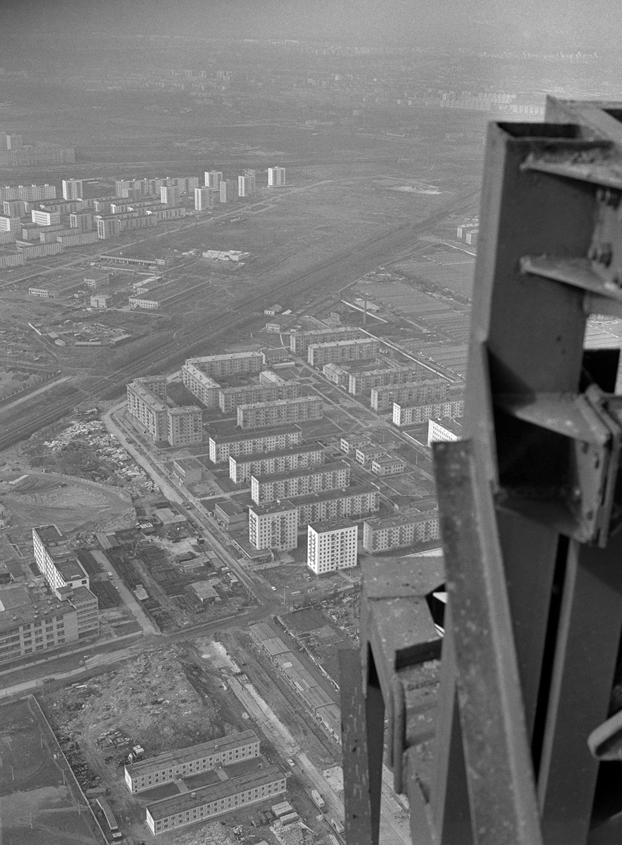 5 ноября 1967 года Останкинская телебашня была запущена в эксплуатацию