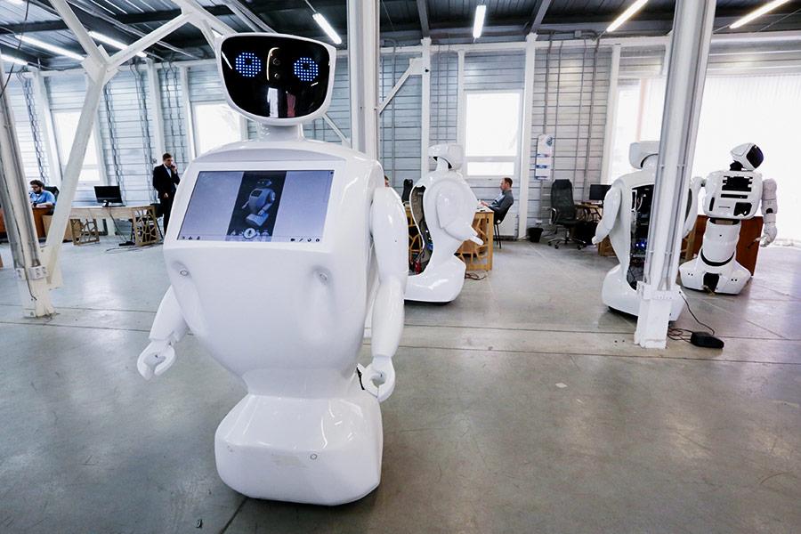 Promobot — андроид-промоутер, который производится в Перми. Он может работать на выставках и конференциях, помогая им с навигацией и отвечая на их вопросы.  Разработчики утверждают, что их робот на 80% состоит из отечественных комплектующих, остальные 20% — электронная начинка из Китая. Собирают «промоботов» на производственной площадке, расположенной на территории бывшего Пермского лакокрасочного завода.
