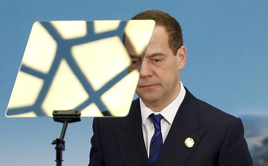 Еще недавно казалось, что «можно обойтись без специального плана, перевести работу правительства в такой рутинный стандартный вид», признался Дмитрий Медведев в среду