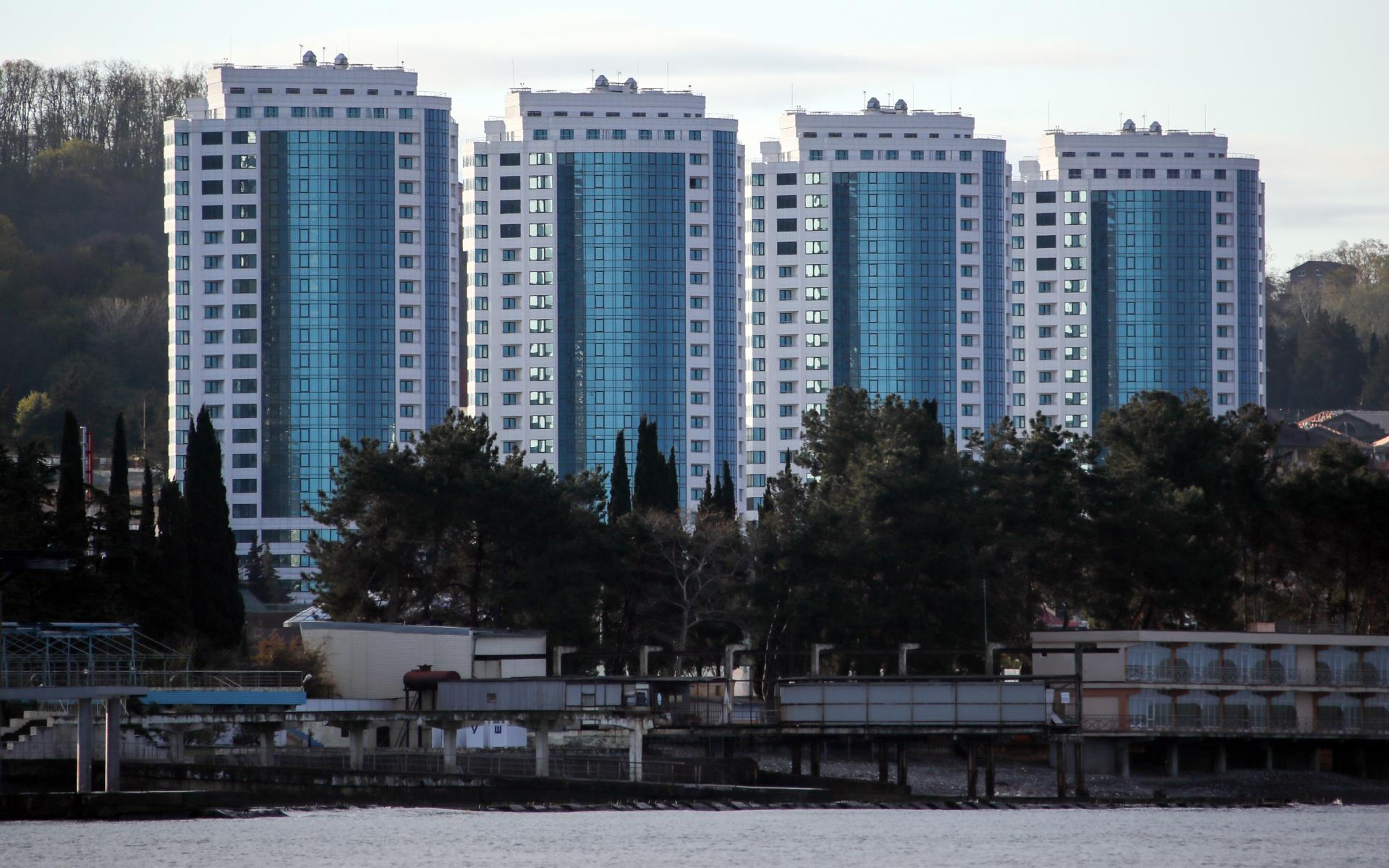 Средняя стоимость 1 кв. м вторичного жилья в третьем квартале 2021 года сильнее всего выросла в Сочи — на 17,5%, до 183 тыс. руб.