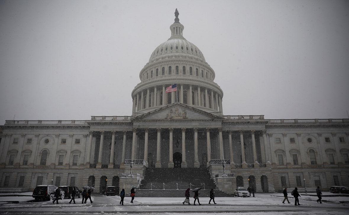 Конгресс США принял бюджет с увеличенными военными расходами