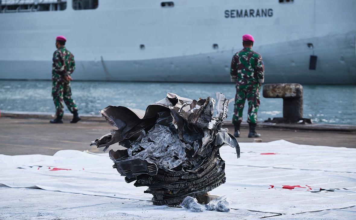 В Индонезии назвали предварительную причину разрушения лайнера