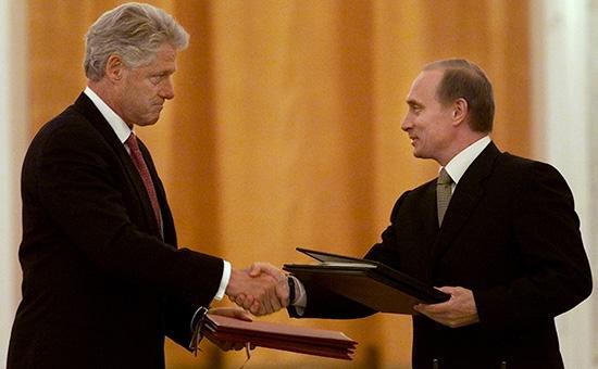 Президент США Билл Клинтон (слева) и президент России Владимир Путин, 4 июня 2000 года