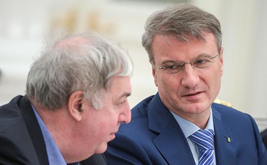 Основной владелец группы БИНМихаил Гуцериев и глава Сбербанка Герман Греф (слева направо), 9 декабря 2015 года