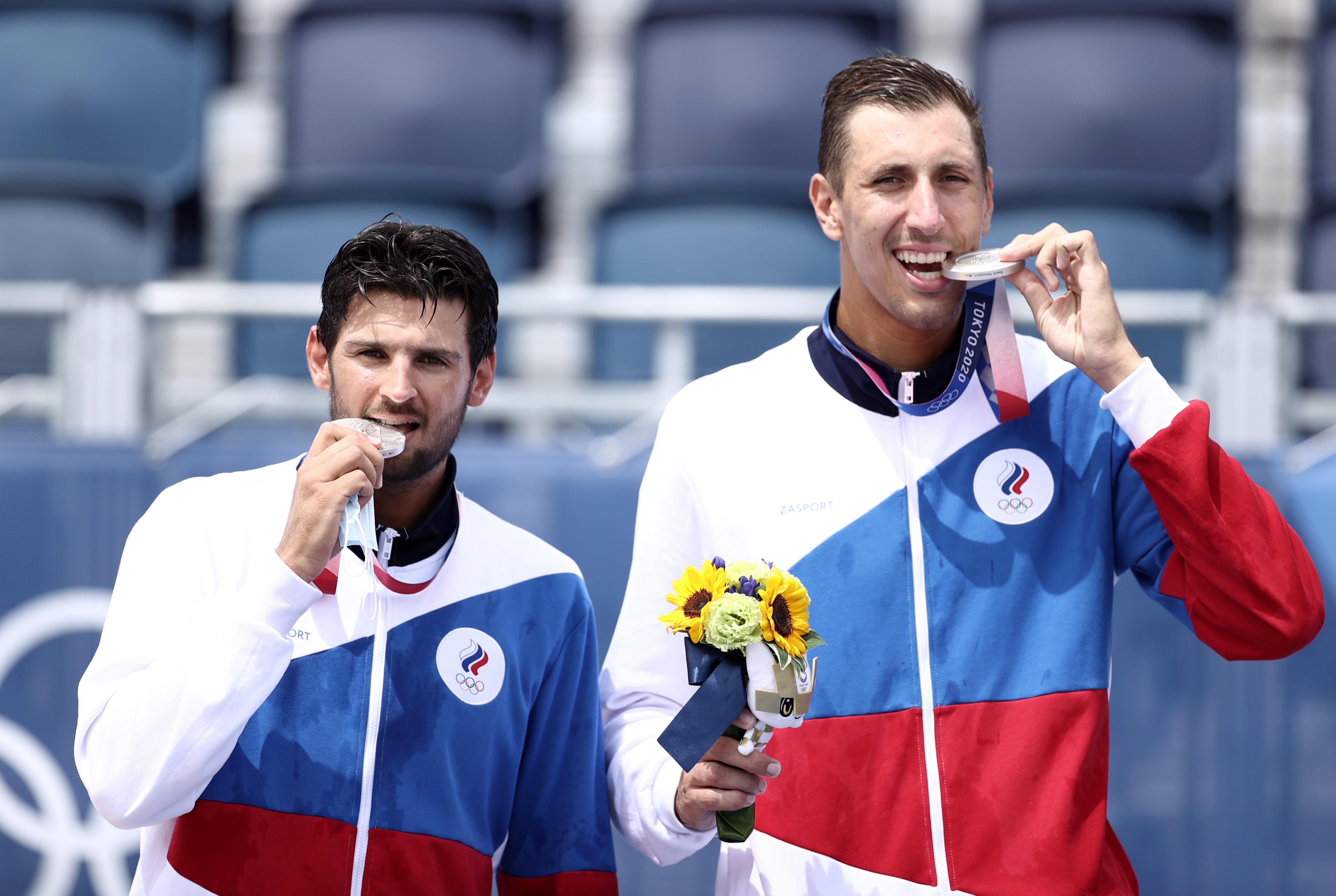 Фото: Вячеслав Красильников и Олег Стояновский (Валерий Шарифулин/ТАСС)