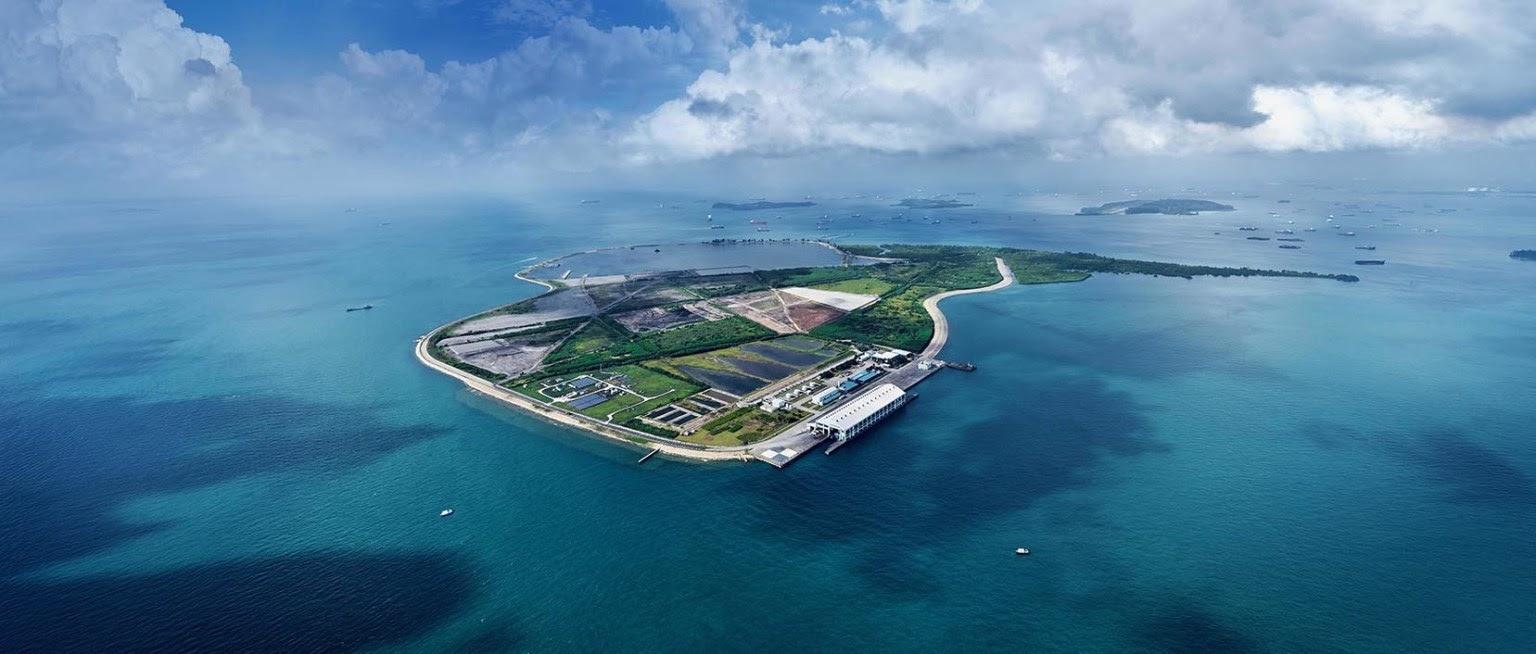 По прогнозам правительства Сингапура, уже через 14 лет остров-полигон будет полностью заполнен. Но если сократить количество отходов на 30%, срок эксплуатации «зеленой» свалки можно продлить