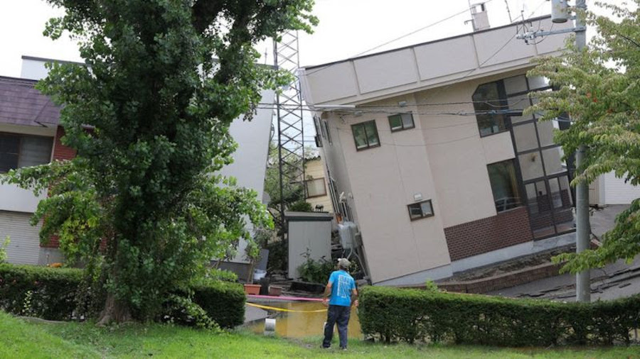 Последствия разжижения грунта в Японии