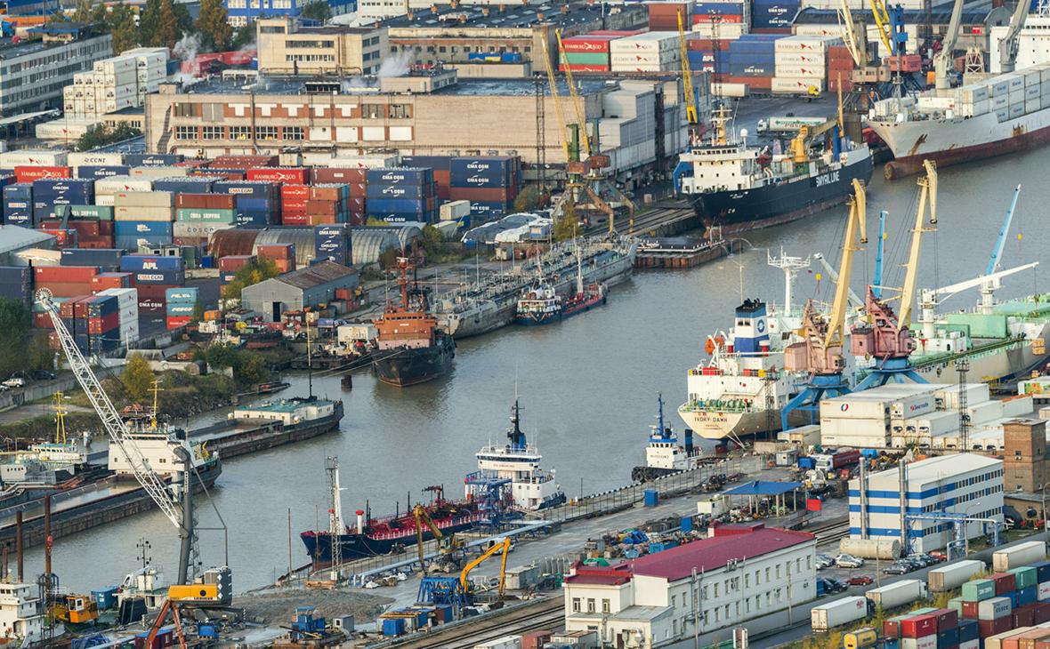 Большой порт Санкт-Петербурга