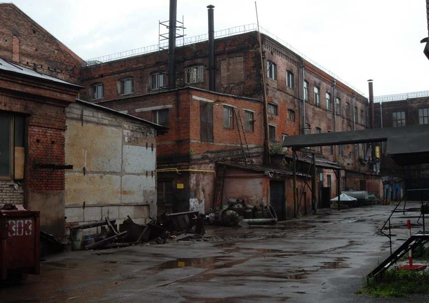 Бывшая  фабрика им. Фрунзе