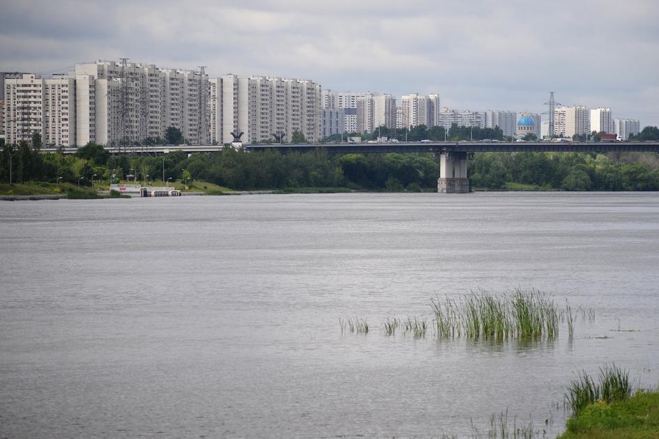 Вид на Братеевский мост