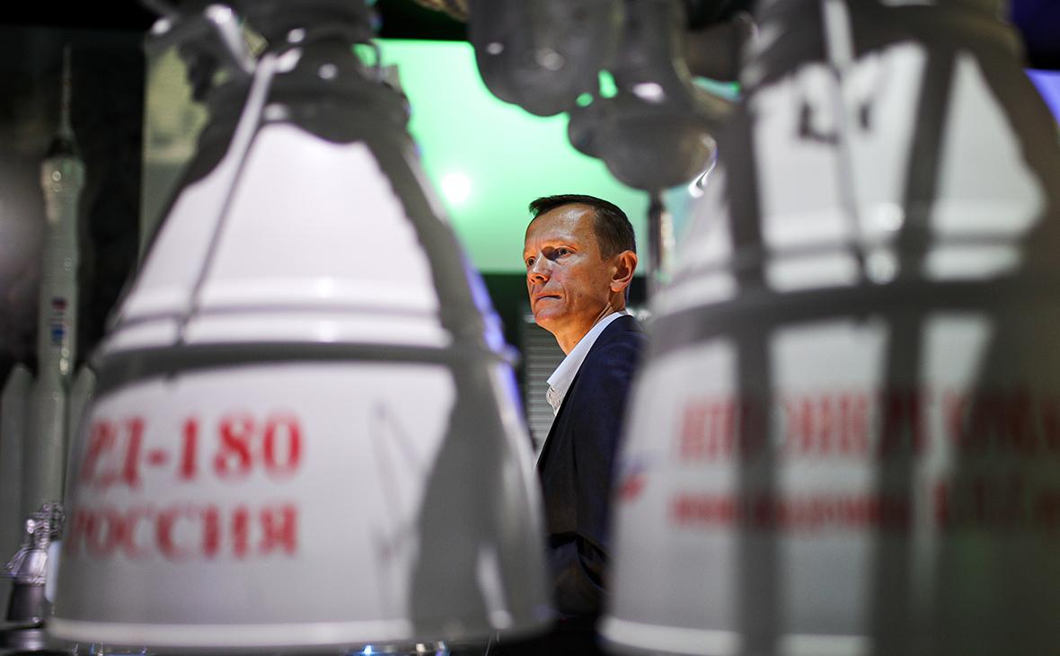 Российский двухкомпонентный жидкостный ракетный двигатель закрытого цикла РД-180 на Международном авиационно-космическом салоне МАКС-2019 в Жуковском